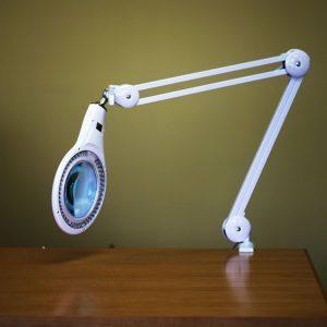 Stamp Magnifying Lamp